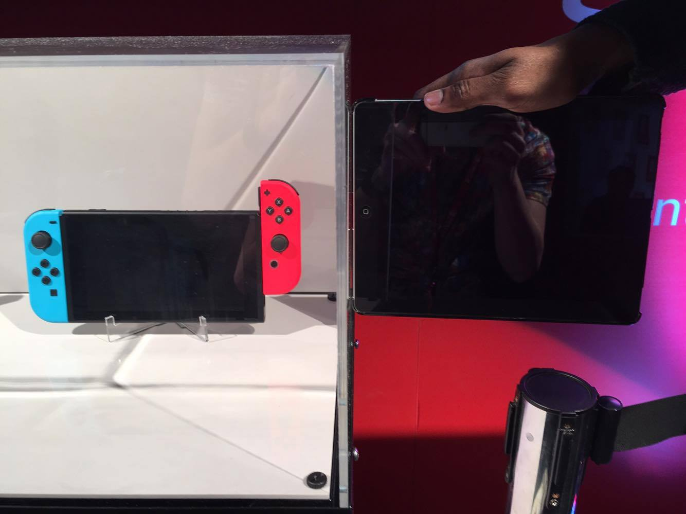 switch hands on 2