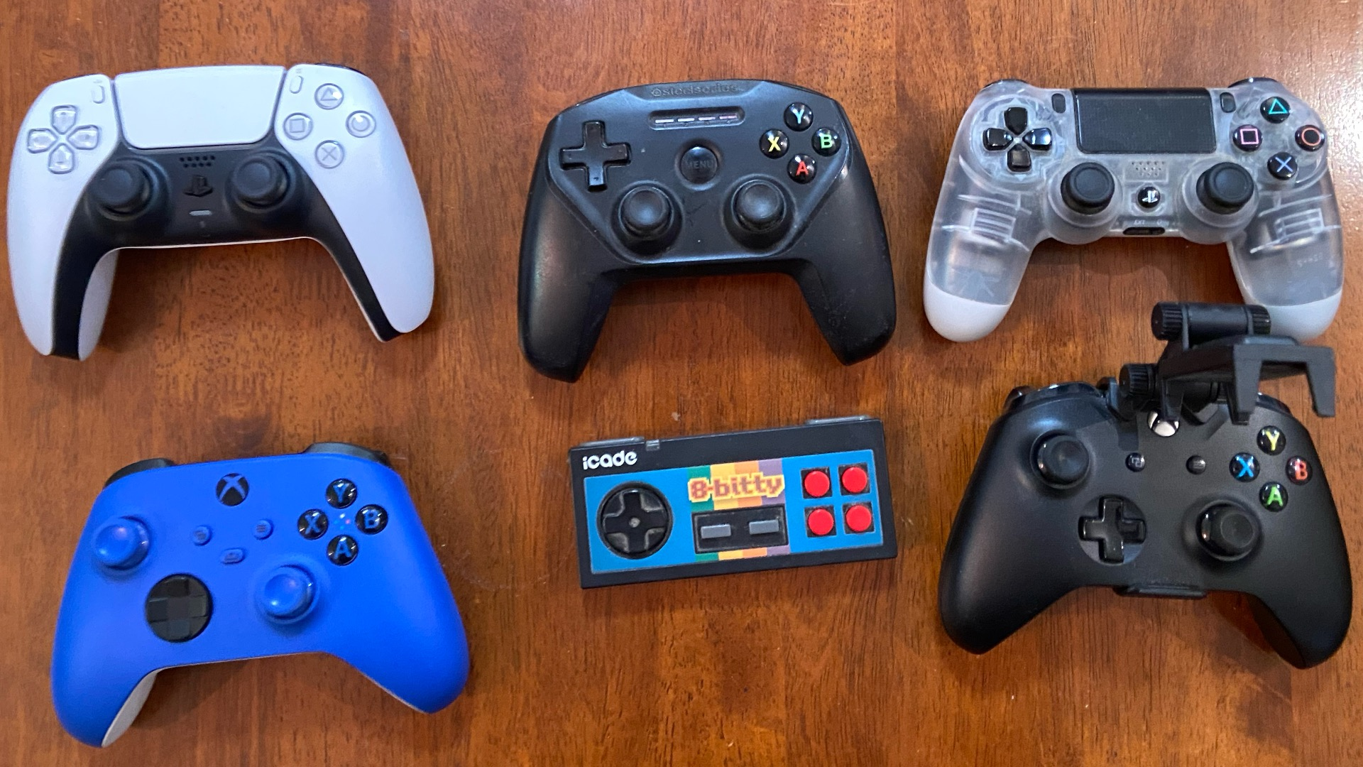 photo of iOS Controller Buyer's Guide 2021: PS5, Xbox Series X, PS4, MFi, and More image